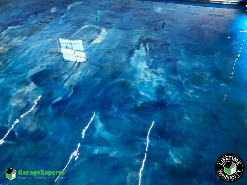Sylacauga, AL - Catalina Blue and Artic Pearl Metallic Floor